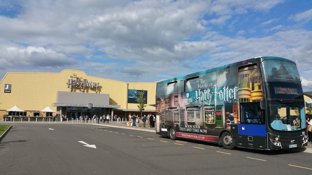 WB Tour-London, Harry Potter Entrance with Bus